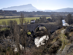Jaca. San Miguel bridge. 11th century